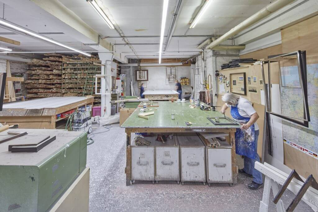 Martin Laska Rahmenfabrik 168